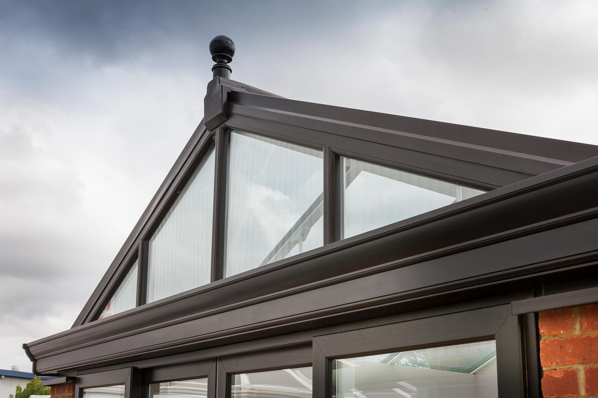 'Mixed fortunes' – conservatory market hits new low, but second-time replacements up